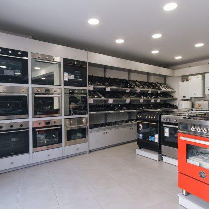εσωτερικό καταστήματος φούρνοι εστίες
